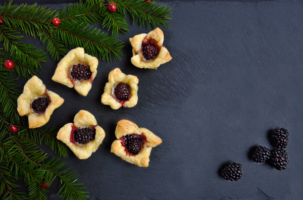 Blackberry & Brie Bites