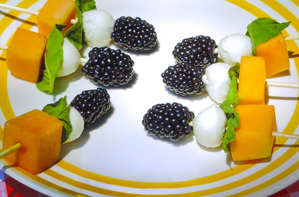 Blackberry Picnic Salad